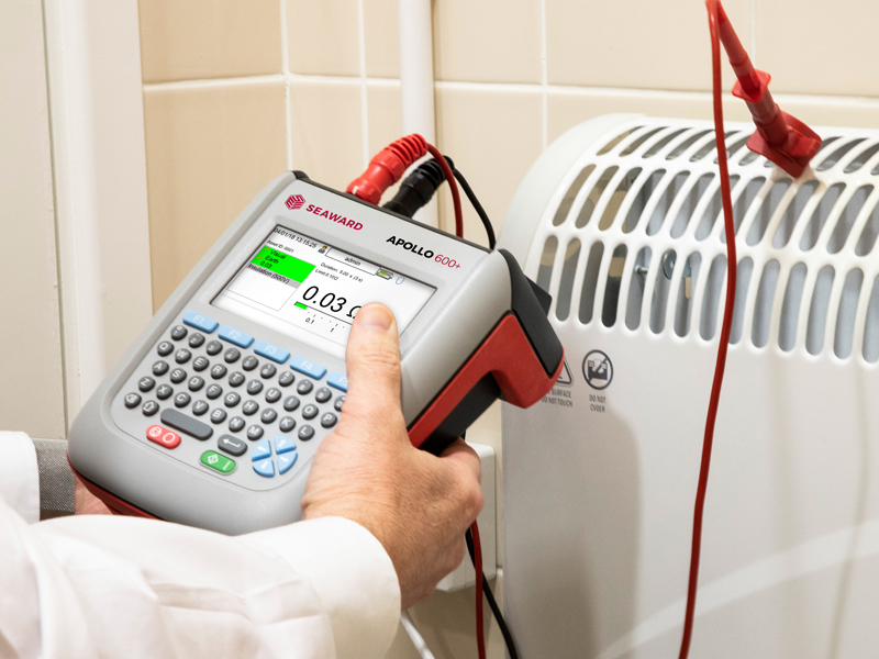 HOW DOES PAT TESTING REDUCE RISKS FOR A BUSINESS?